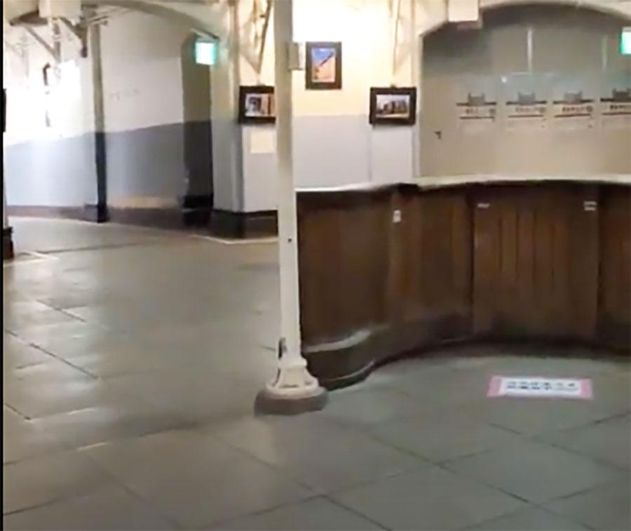 きょもが入所するシーン